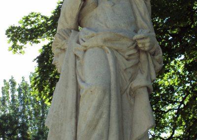 Restauración de esculturas del Jardín Botánico de Madrid
