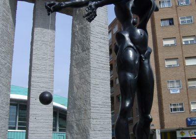Monumento a Newton de Dalí. Madrid