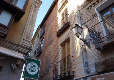 Restauración de fachada en calle Barrio Rey. Toledo