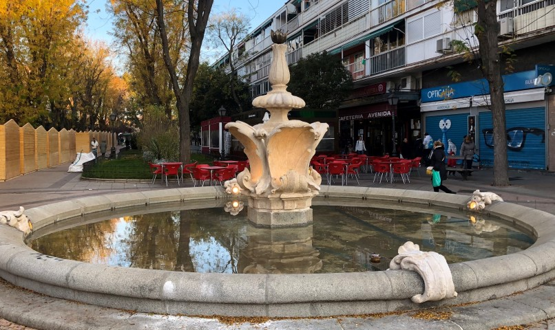 restauración de Fuentes gemelas del Paseo de Federico García Lorca en Villa de Vallecas. Madrid.