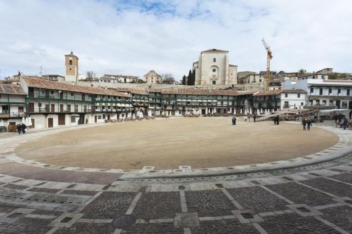 Restauración de cubiertas de la Plaza Mayor de Chinchón. Madrid.