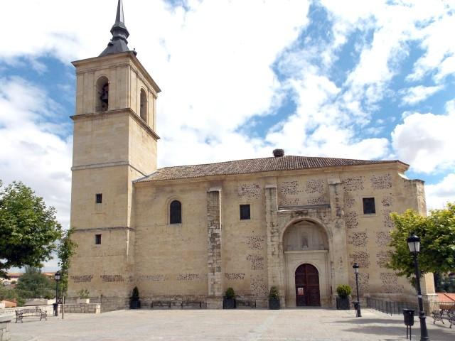 Apeo de emergencia en la Barbacana del entorno de la Iglesia de San Cipriano en Cobeña (Madrid).